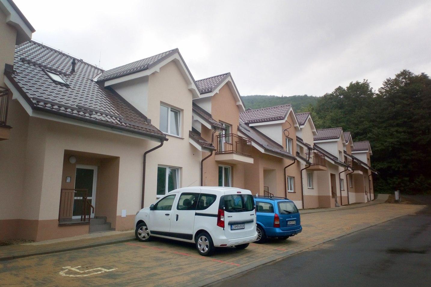 Kompletná výstavba radových rodinných obytných domov, Čaklov