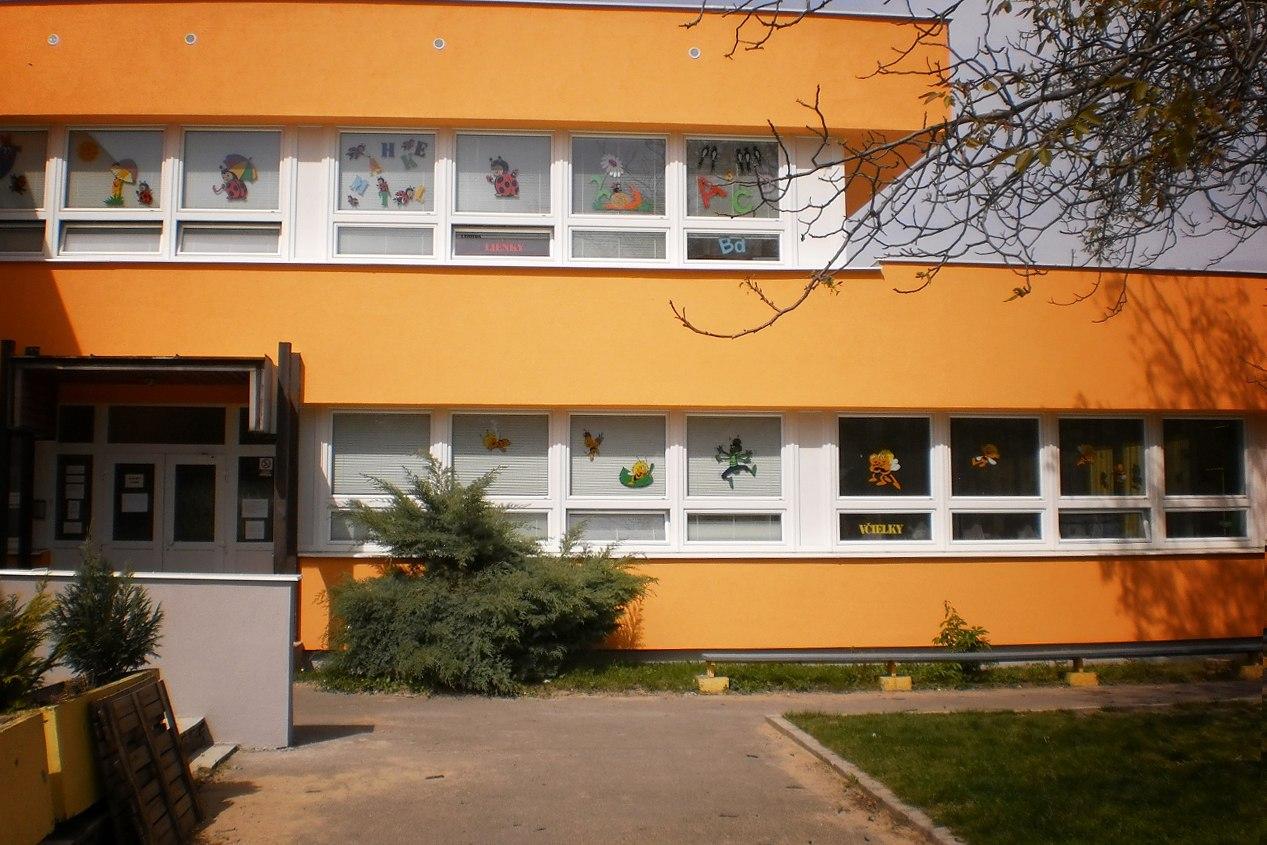 Referencie, zateplovanie ZŠ Rajčianska, Bratislava